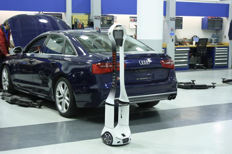 The innovative Audi Robotic Telepresence (ART) provides a video link that connects dealers across the country with expert technicians at Audi of America.